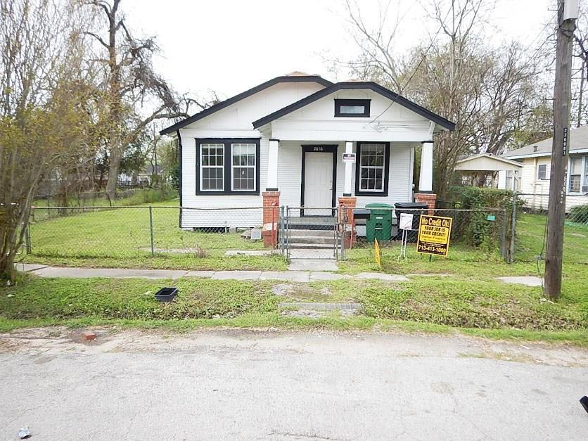 Off Market   2616 Berry Street Houston, Texas 77004 0