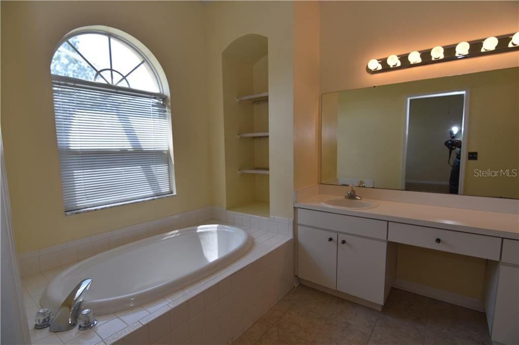 Sold Property | 1826 CATTLEMAN DRIVE BRANDON, FL 33511 13