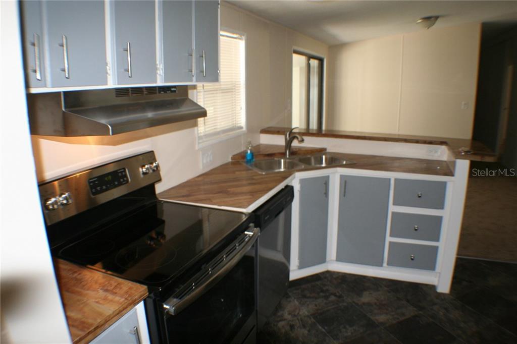 Sold Property | 5239 CROTON STREET ZEPHYRHILLS, FL 33541 4
