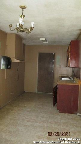 Active Option | 202 PARK PLAZA San Antonio, TX 78237 1