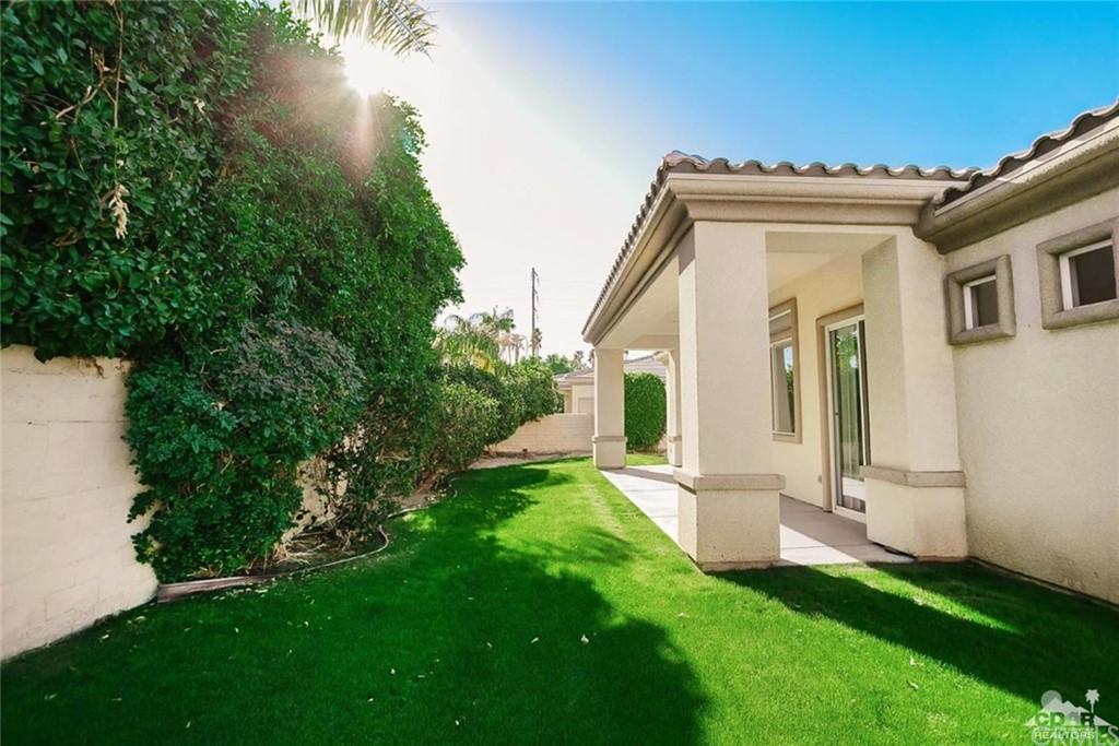 Closed | 40890 Hovley Court Palm Desert, CA 92260 23