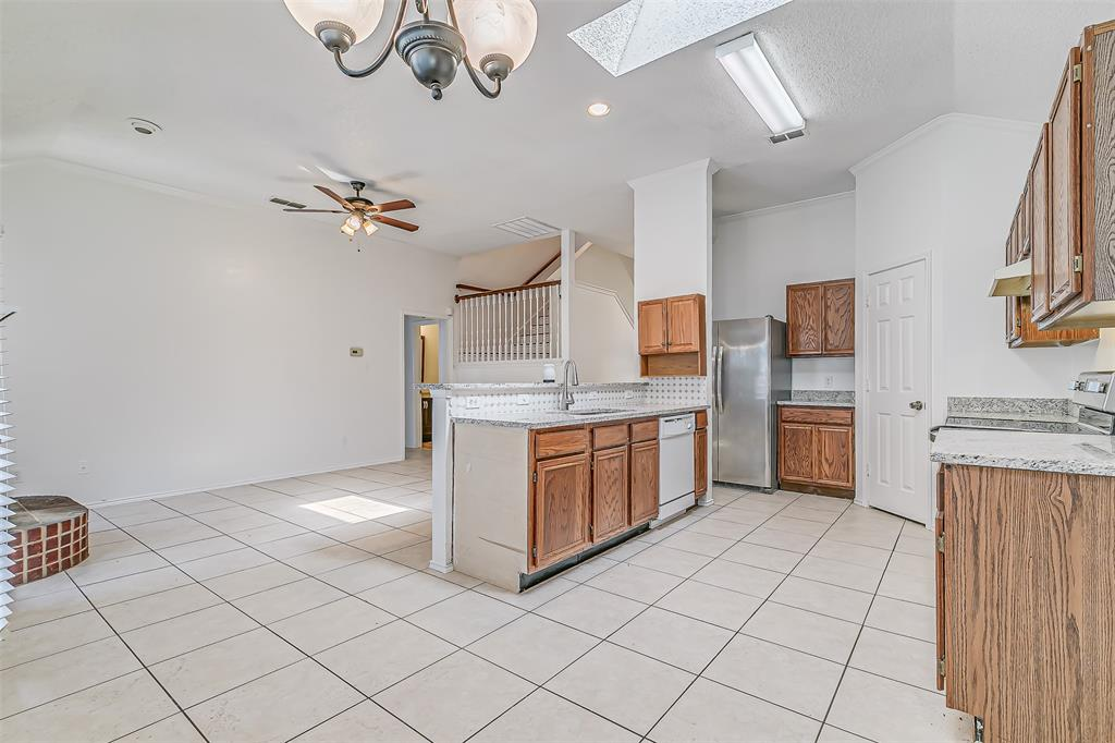 Active | 8113 Heritage Place Drive Fort Worth, Texas 76137 15