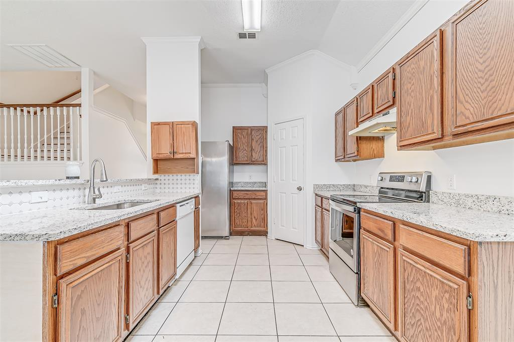 Active | 8113 Heritage Place Drive Fort Worth, Texas 76137 16