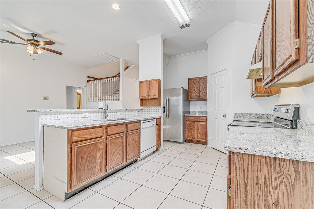 Active | 8113 Heritage Place Drive Fort Worth, Texas 76137 17