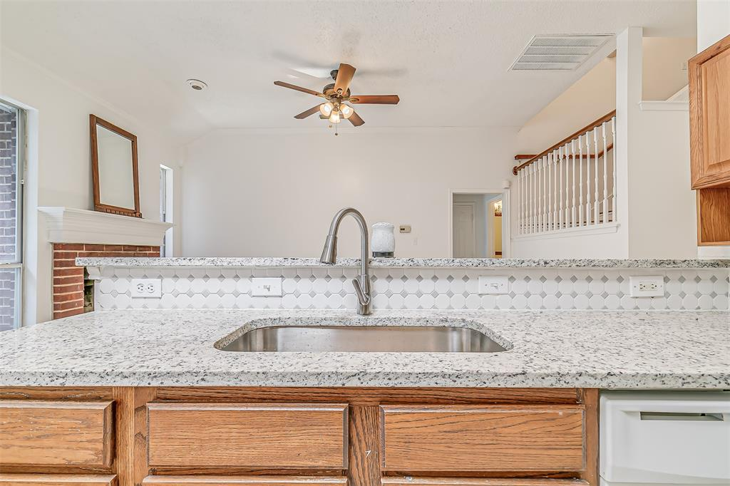 Active | 8113 Heritage Place Drive Fort Worth, Texas 76137 18