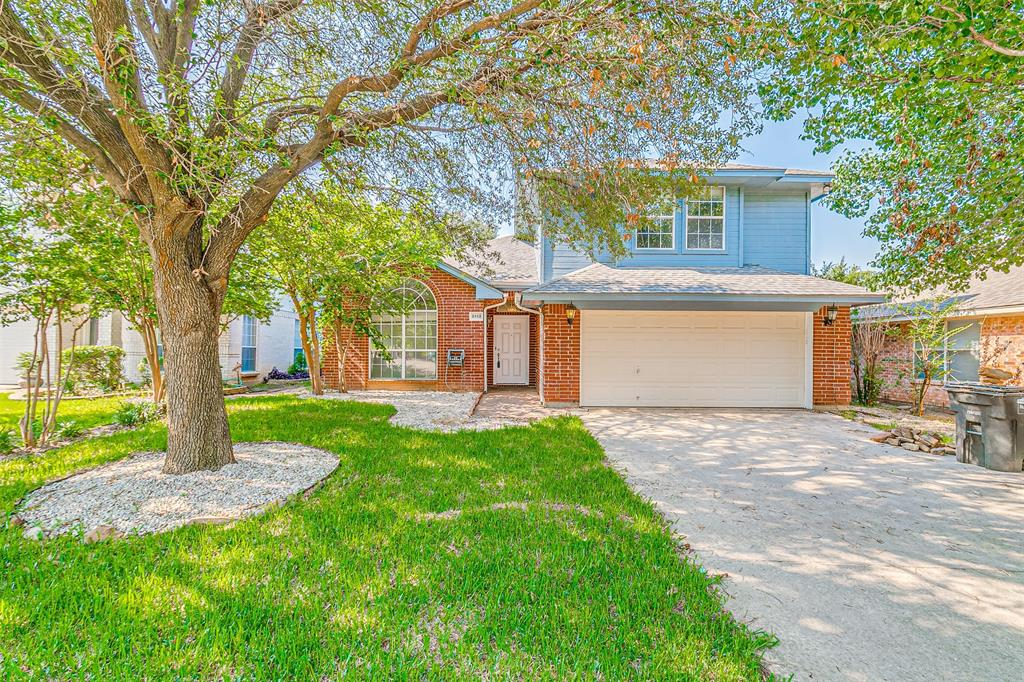 Active | 8113 Heritage Place Drive Fort Worth, Texas 76137 1