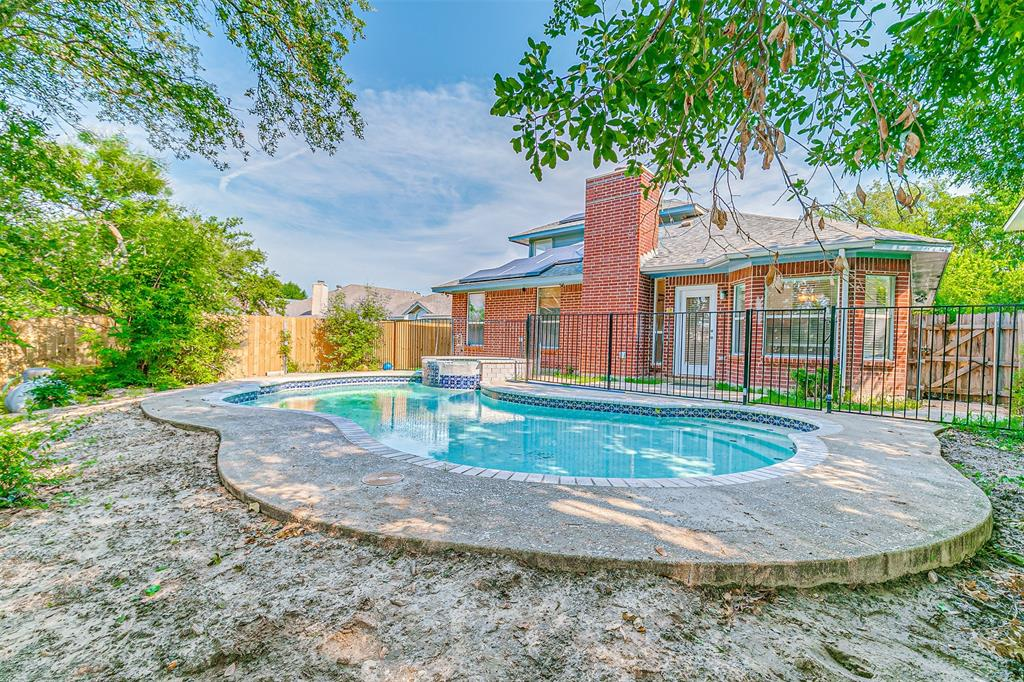 Active | 8113 Heritage Place Drive Fort Worth, Texas 76137 38