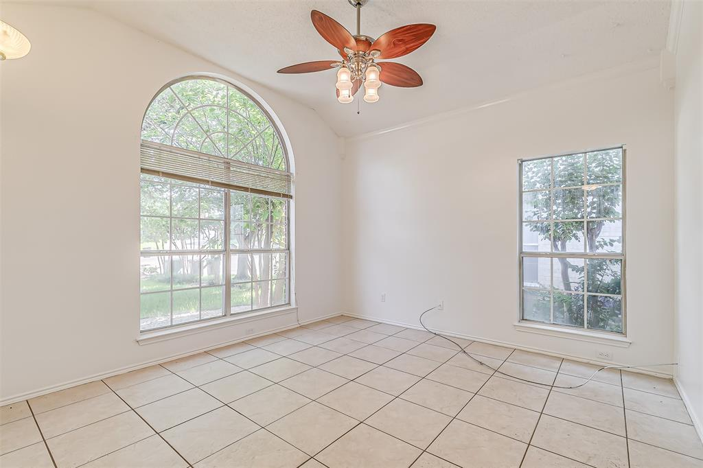 Active | 8113 Heritage Place Drive Fort Worth, Texas 76137 4