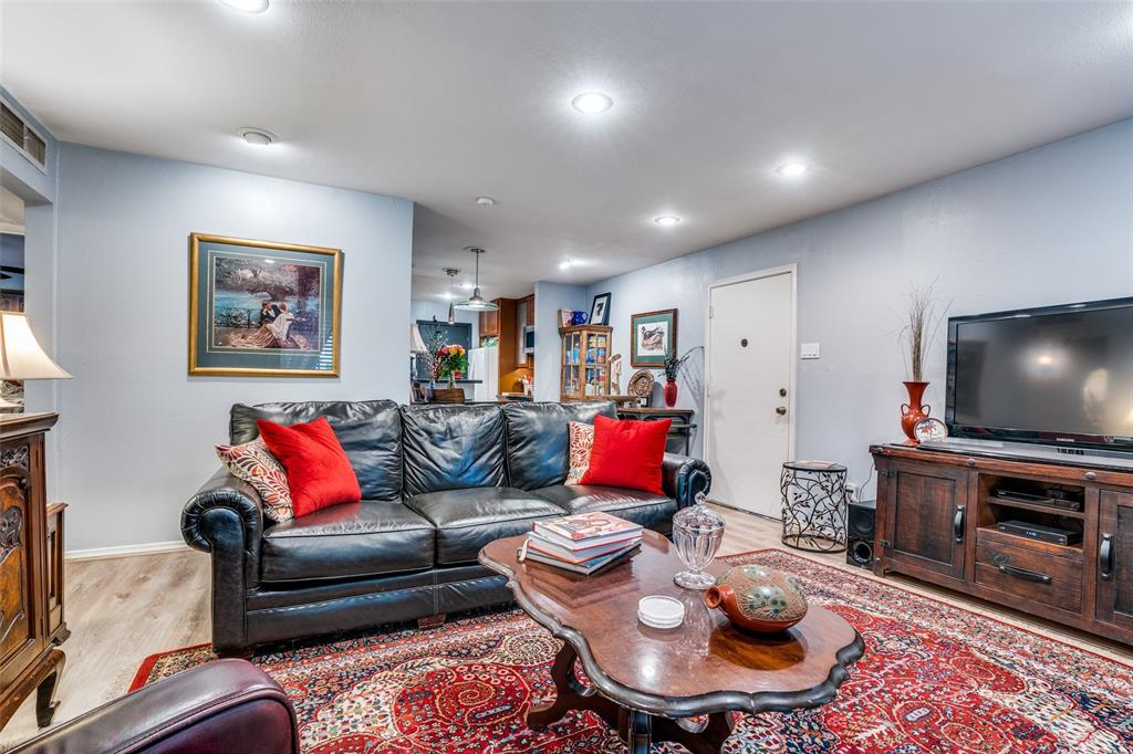 Off Market | 4203 Avondale Avenue #101 Dallas, Texas 75219 11