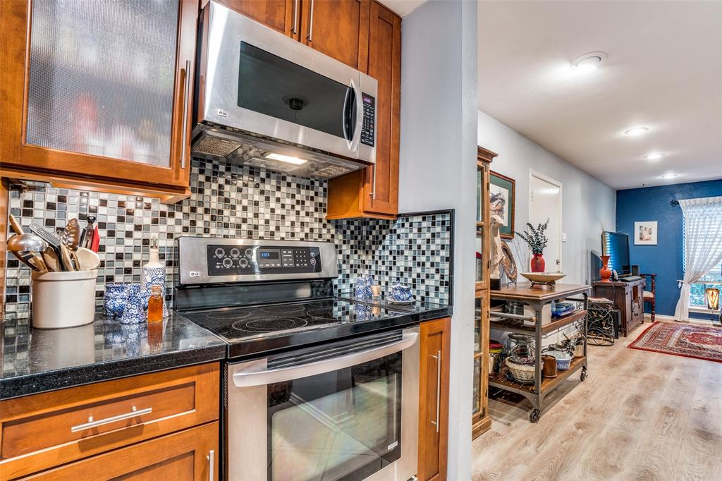 Off Market | 4203 Avondale Avenue #101 Dallas, Texas 75219 17