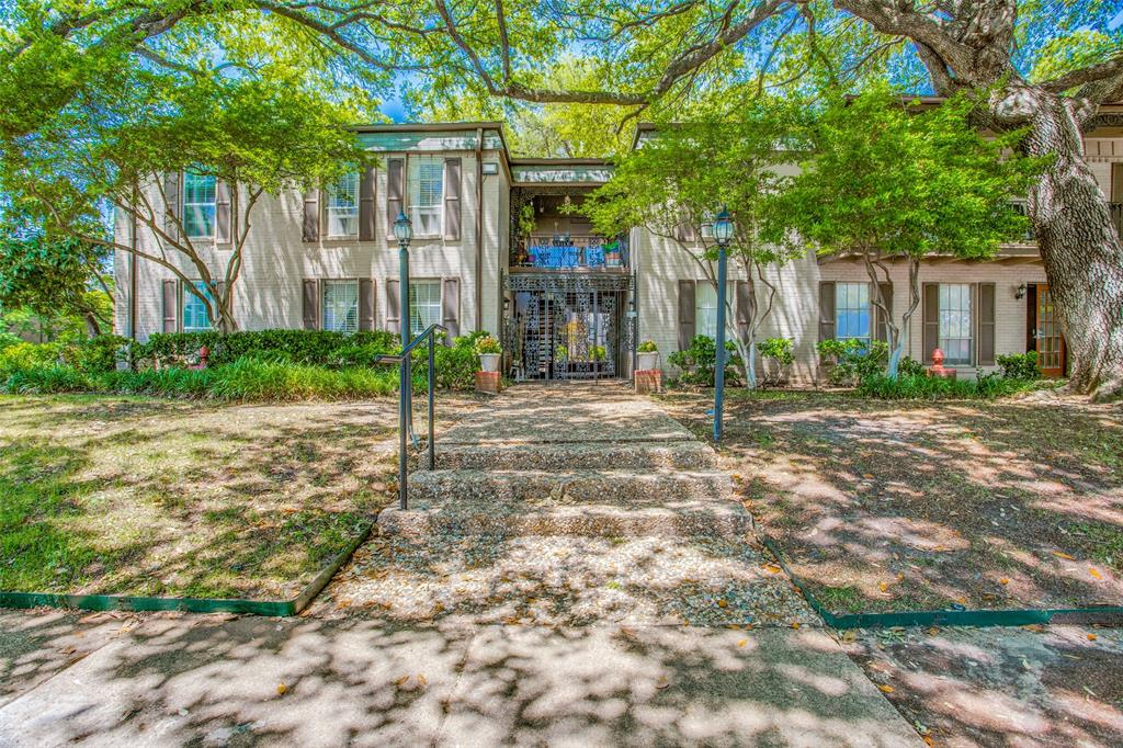 Off Market | 4203 Avondale Avenue #101 Dallas, Texas 75219 3