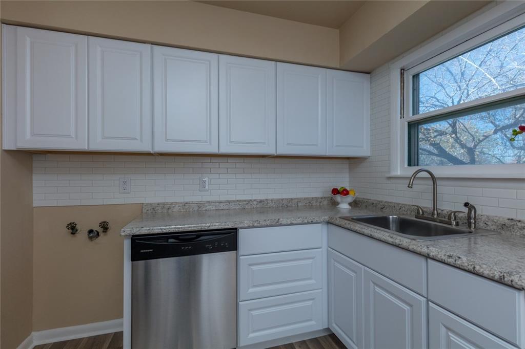 Sold Property   3625 Eastridge Drive Haltom City, Texas 76117 12