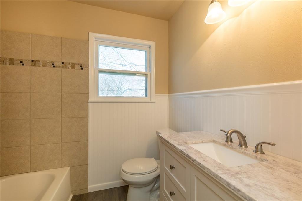 Sold Property   3625 Eastridge Drive Haltom City, Texas 76117 20