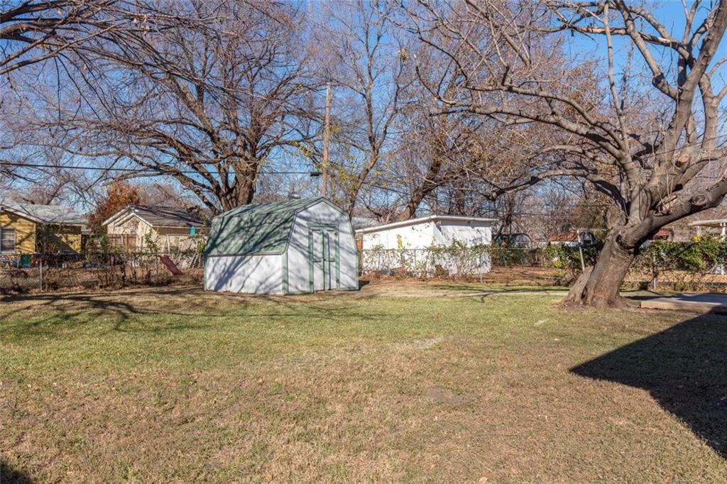Sold Property   3625 Eastridge Drive Haltom City, Texas 76117 28
