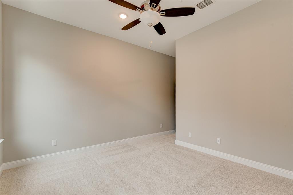 Active | 300 Nursery Lane #101 Fort Worth, Texas 76114 21
