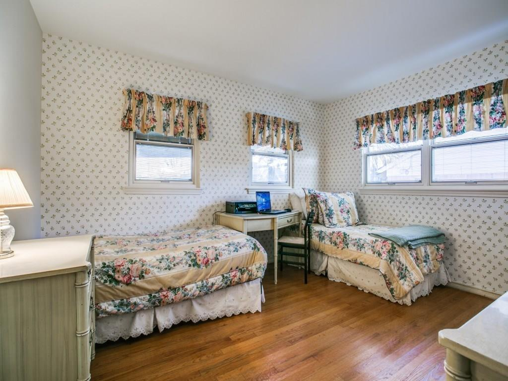 Sold Property | 6631 Highgate Lane Dallas, Texas 75214 11