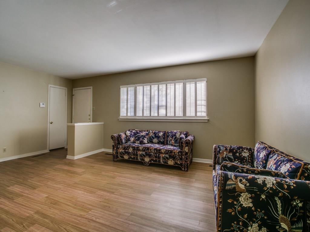 Sold Property | 6631 Highgate Lane Dallas, Texas 75214 5