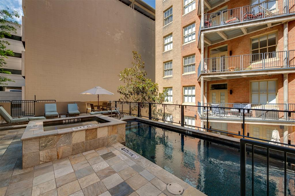 Active | 411 W 7th Street #802 Fort Worth, Texas 76102 24