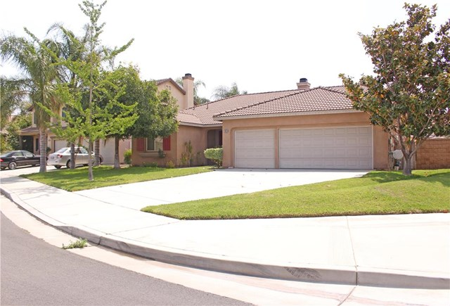 Closed | 13629 Golden Eagle Court Eastvale, CA 92880 0