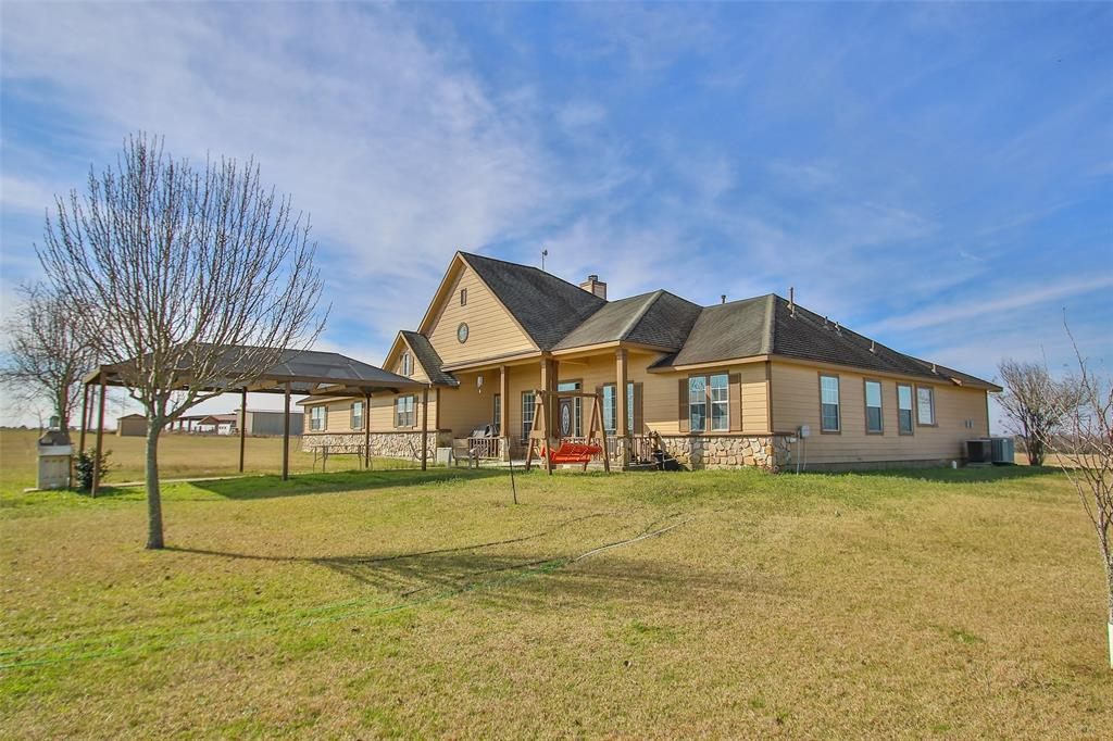 Option Pending | 17551 Mathis Road Waller, Texas 77484 2