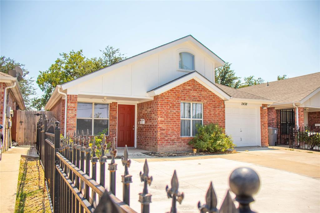 Pending | 2438 Wycliff Avenue Dallas, Texas 75219 2