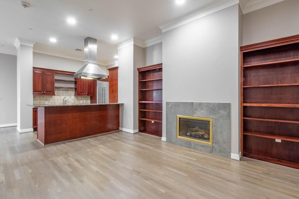 Active   2828 Hood Street #1802 Dallas, Texas 75219 10