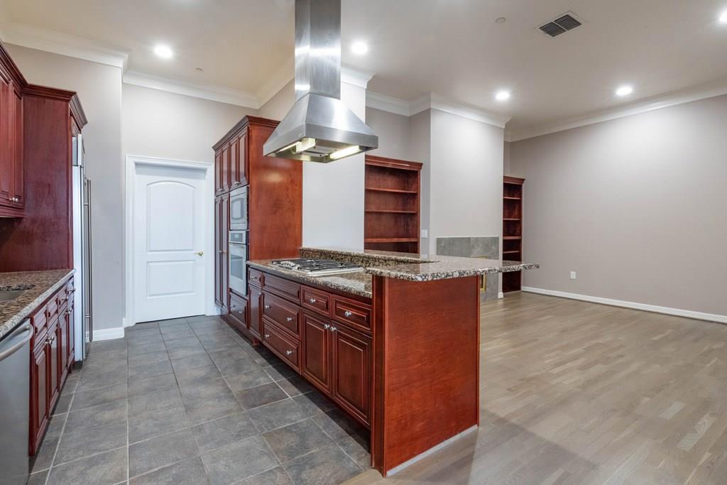 Active   2828 Hood Street #1802 Dallas, Texas 75219 8