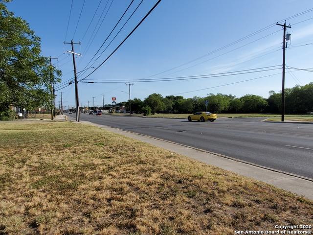 Active Option | 6925 S Flores St San Antonio, TX 78221 17