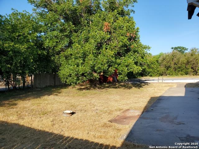 Active Option | 6925 S Flores St San Antonio, TX 78221 22