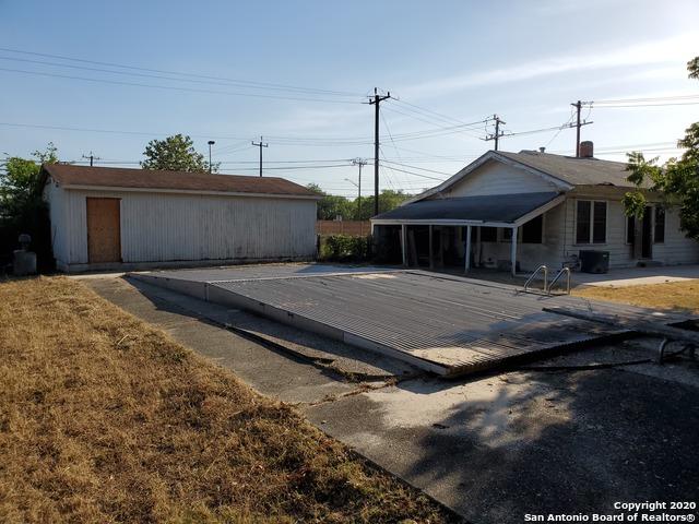 Active Option | 6925 S Flores St San Antonio, TX 78221 27