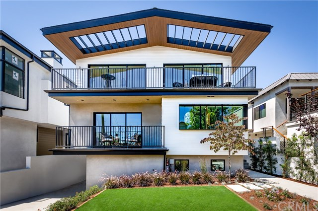 Closed | 945 15th St Hermosa Beach, CA 90254 4