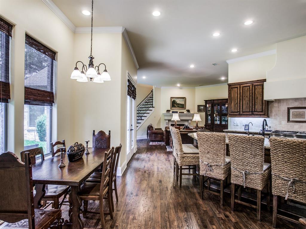Active Option Contract   8401 Bluebonnet Road Dallas, Texas 75209 12