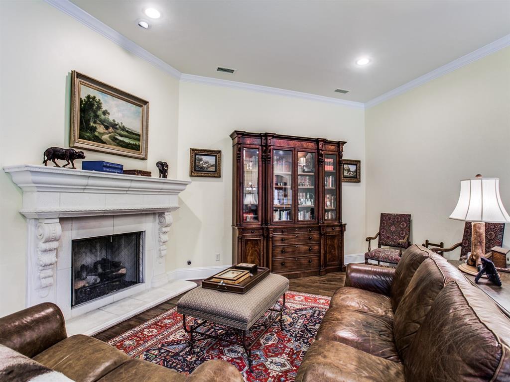 Active Option Contract   8401 Bluebonnet Road Dallas, Texas 75209 16