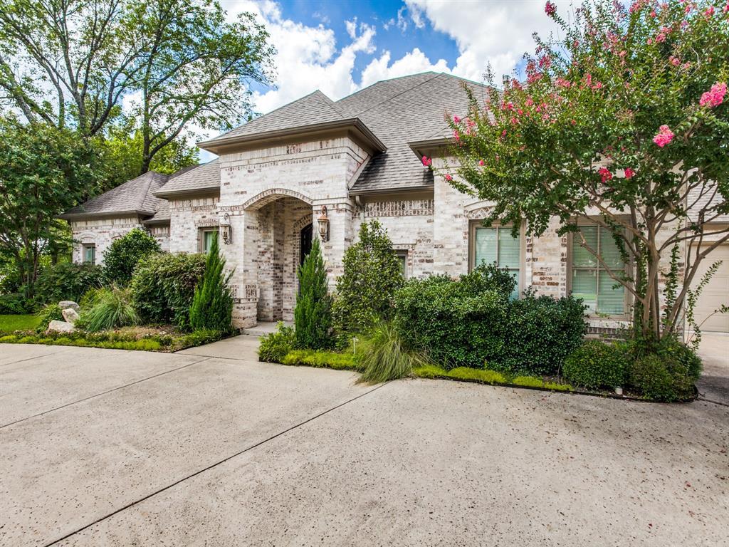 Active Option Contract   8401 Bluebonnet Road Dallas, Texas 75209 1