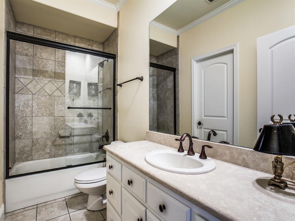 Active Option Contract   8401 Bluebonnet Road Dallas, Texas 75209 25