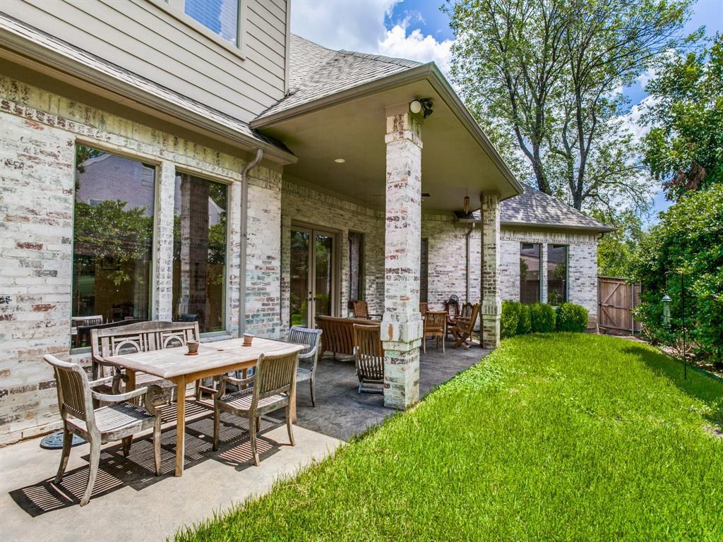 Active Option Contract   8401 Bluebonnet Road Dallas, Texas 75209 30