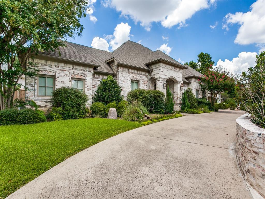 Active Option Contract   8401 Bluebonnet Road Dallas, Texas 75209 35
