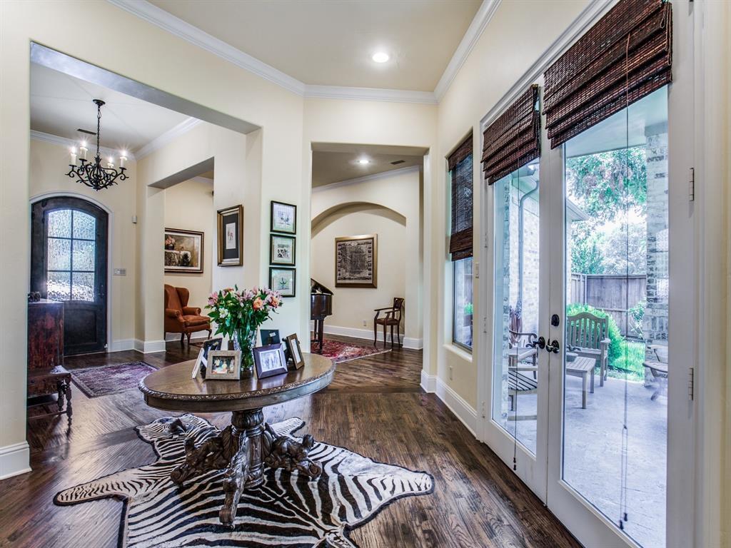 Active Option Contract   8401 Bluebonnet Road Dallas, Texas 75209 3