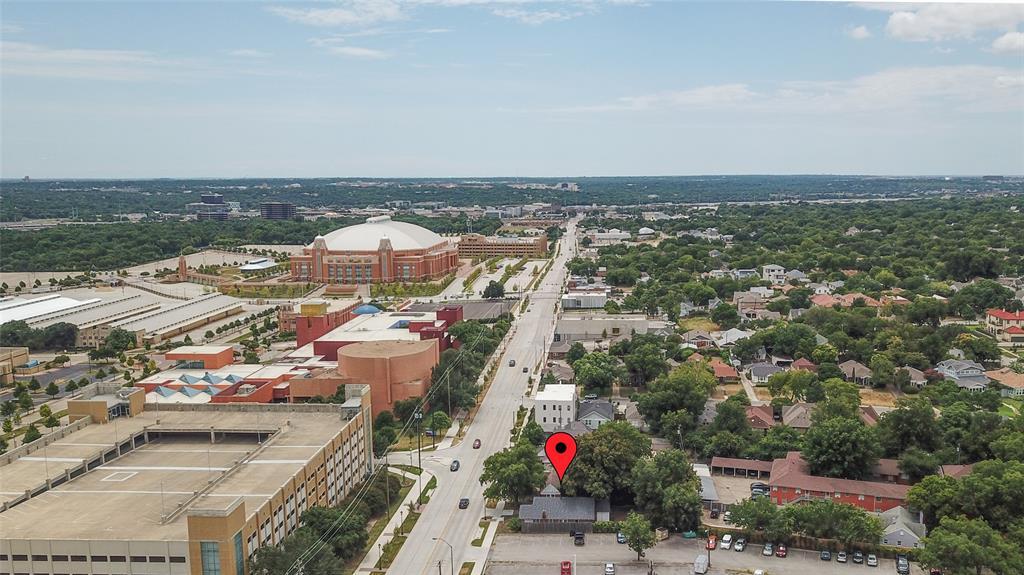 Pending | 1400 Montgomery Street Fort Worth, Texas 76107 35