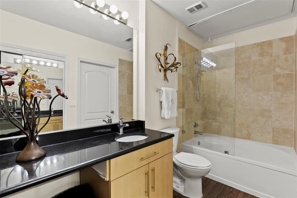 Active Option Contract | 3225 Turtle Creek Boulevard #1243 Dallas, Texas 75219 5