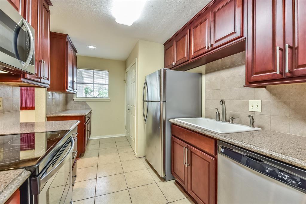 Off Market   2333 Bering Drive #130 Houston, Texas 77057 12