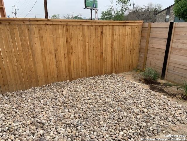 Active | 5843 Whitby Road  Residence #8 San Antonio, TX 78240 18