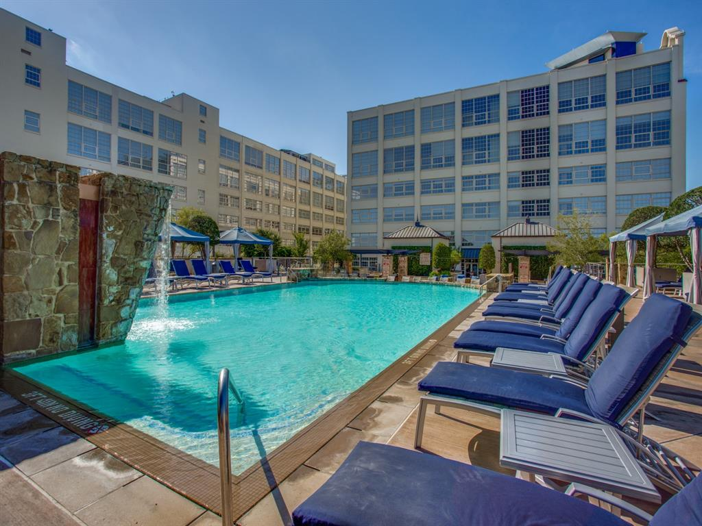 Active | 2600 W 7th Street #1421 Fort Worth, Texas 76107 34
