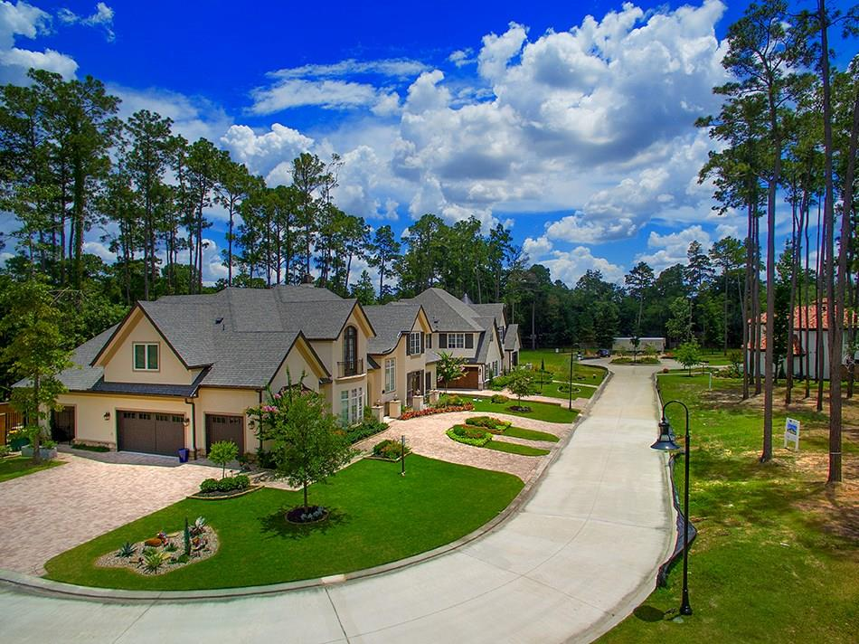 Active | 21 Honey Daffodil Place The Woodlands, Texas 77380 9