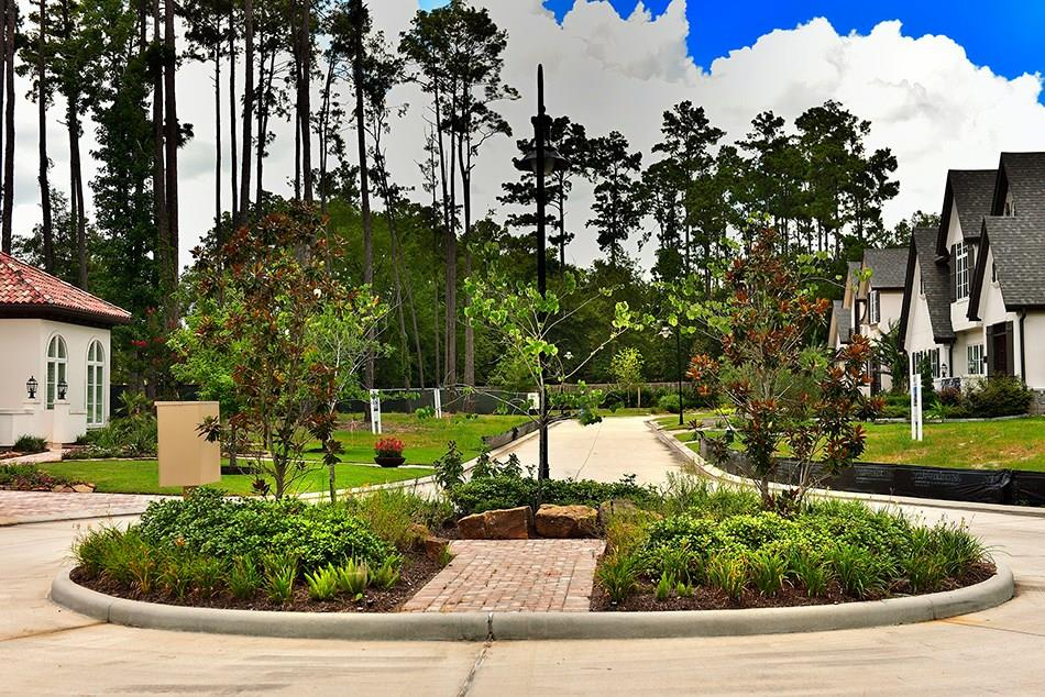 Active | 21 Honey Daffodil Place The Woodlands, Texas 77380 5