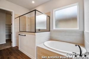 Active | 15242 COMANCHE MIST San Antonio, TX 78233 17