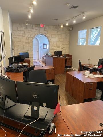 Office for Rent San Antonio, Office Space, Rental Property, Rent | 16170 Jones Maltsberger Rd #200 San Antonio, TX 78247 17