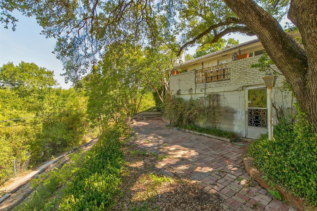 Active Contingent | 400 Hazelwood Drive Fort Worth, Texas 76107 28