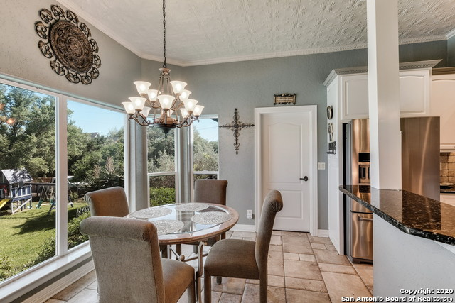 Pending | 209 Timber View Dr Boerne, TX 78006 10