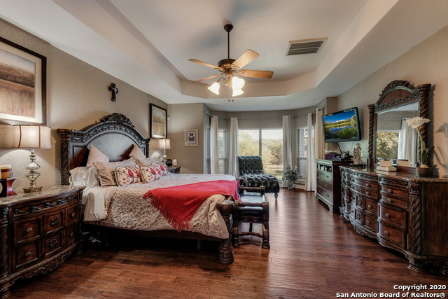 Pending | 209 Timber View Dr Boerne, TX 78006 13